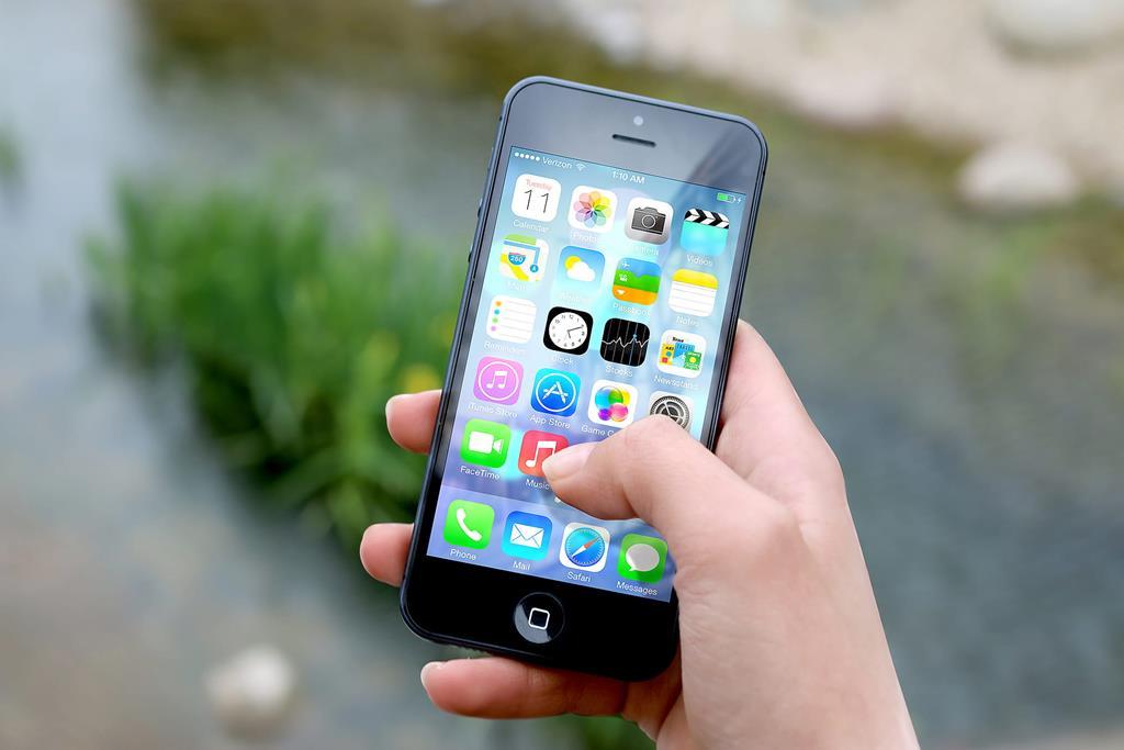 bloquear apps do celular iPhone
